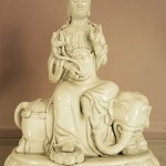 Blanc de Chine figure of Guanyin